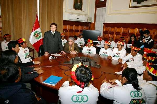 Visita de representantes del pueblo Awajun al Congreso de la República del Peru